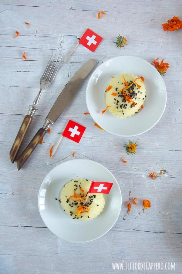 gnocchi ripieni con radicchio e formaggio e sesamo