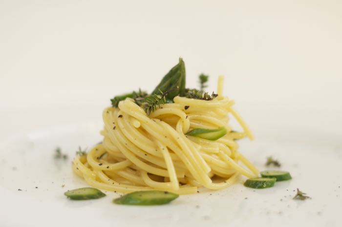 spaghetti-carbonara-di-asparagi