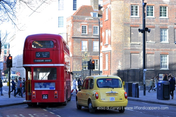 london-longra-taxi-bus