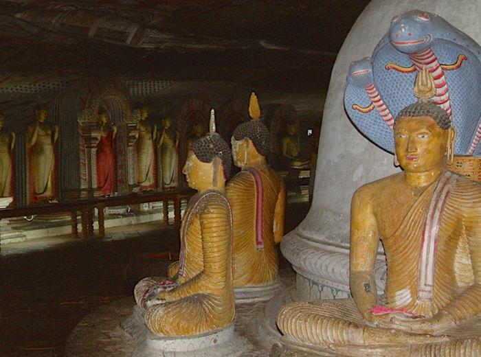 157 dambulla templi rupestri