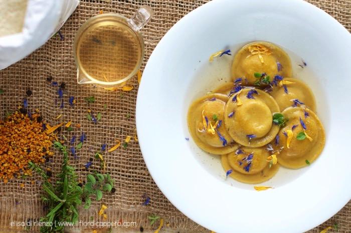 ravioli miele e pecorino
