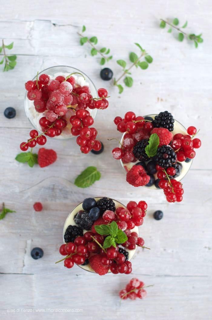tiramisu_frutti_ribes