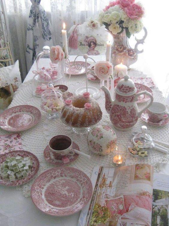 tavola per il tè
