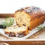 Plumcake all'olio di oliva al rosmarino e cioccolato