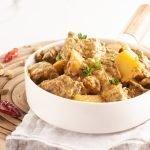 Curry di manzo e patate